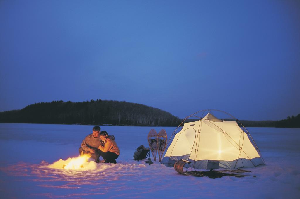 Going Camping in the Winter? Some Safety Rules of Winter ...